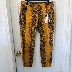 NWT D.Jeans High waisted ankle skinny snake pants